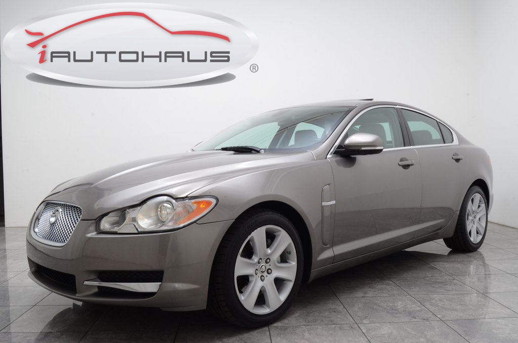 Pre-Owned 2010 Jaguar XF Base